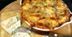 Aardappelgratin met blauwe kaas