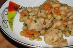 Kip met witte bonen en erwten