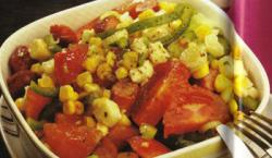 Salade met kaas en worst